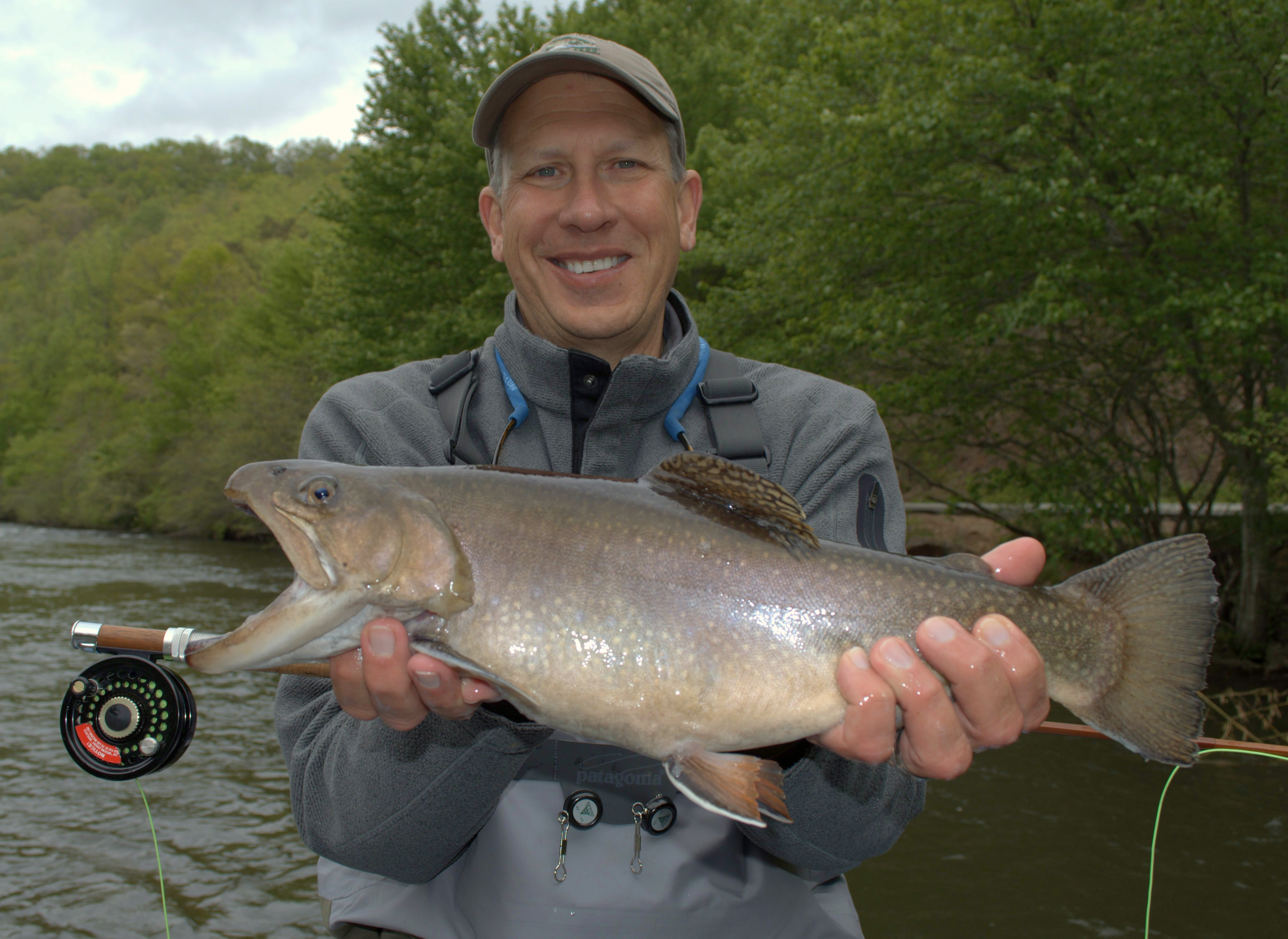 Smoky mountain trout fishing guided fly fishing trips for Tennessee trout fishing