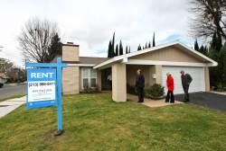Engrossing Rent Blackstone Takes Its Rental Bet Public As Sector Soars Homes Dallas Tx Rent Austin Tx Homes