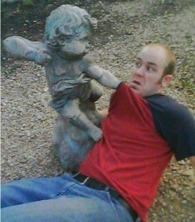 Playing-with-Statues-09