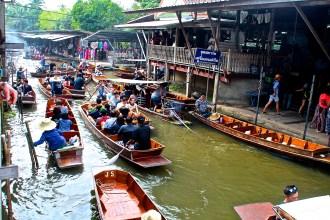 Schwimmender Markt in Bangkok