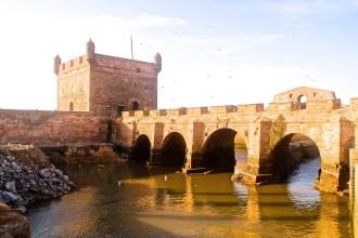 Die Stadtmauer von Essaouria in Marokko