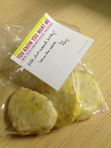 cookies-with-note