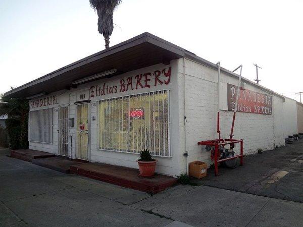 elidias-bakery-panaderia