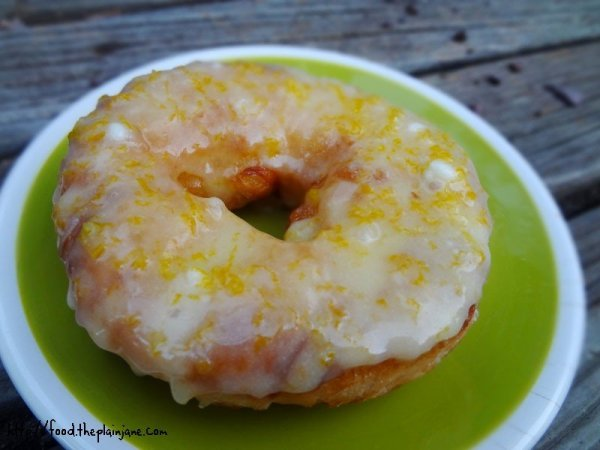 orange-glazed-cronut