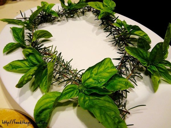 rosemary-basil-wreath