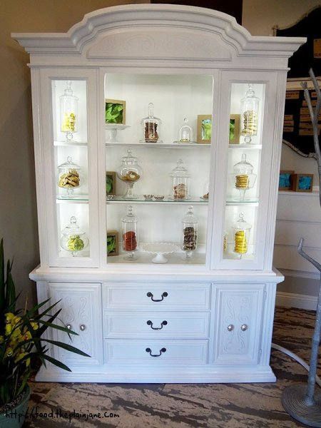 cookie-curio-cabinet