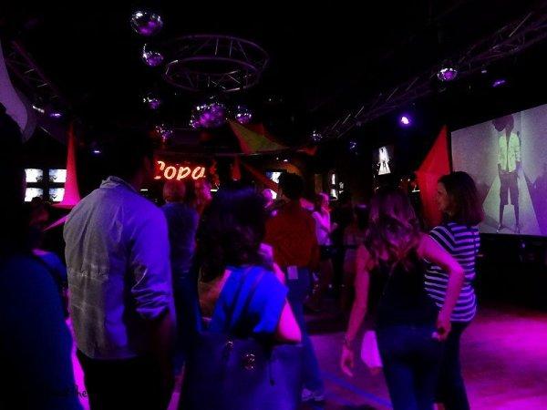 12-urban-mos-dance-floor