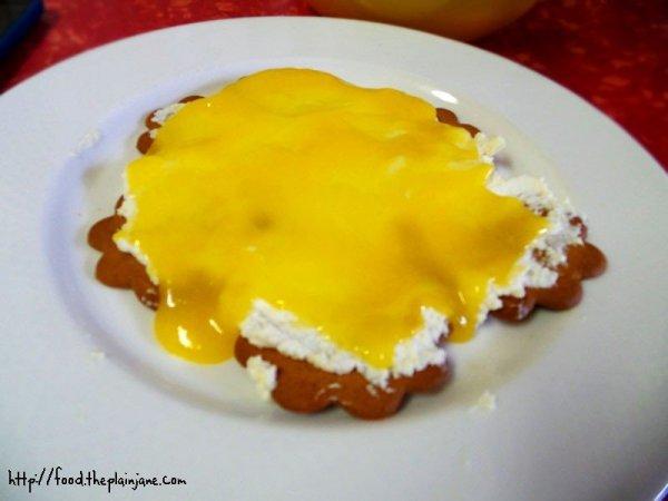 Layer of lemon curd