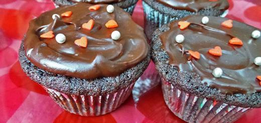 chocolate-cupcakes-whiskey-ganache