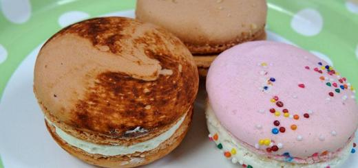 macarons-blush-desserts