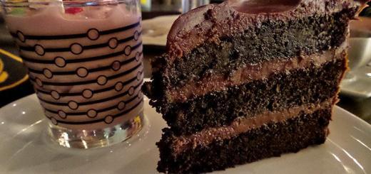 cake-n-raspberry-shake