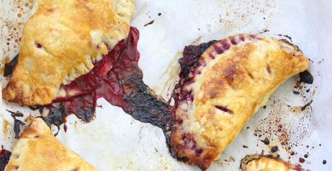 Blackberry Turnovers (Hand Pies): Classic Style