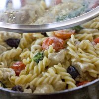 One Pot Greek Pasta Recipe with Lemon & Chicken
