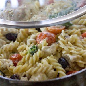 One Pot Greek Pasta Recipe with Lemon & Chicken 1