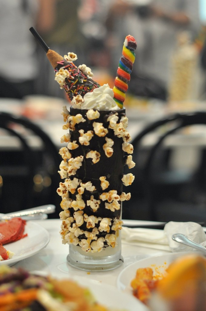 "img src=""sugarfactory4.jpg"" alt=""Sugar Factory"""