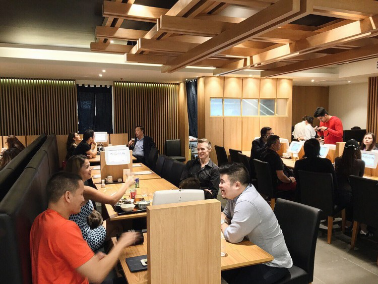 "img src=""Yayoi12.jpg"" alt=""Yayoi Japanese Teishoku Restaurant"""