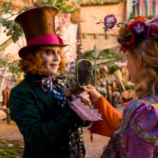 I'm Heading to L.A. for the Alice Through the Looking Glass Red Carpet Event