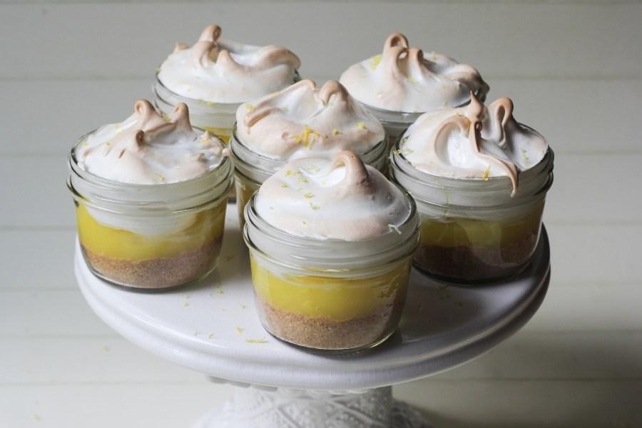 Mason jar lemon meringue pies-1-2
