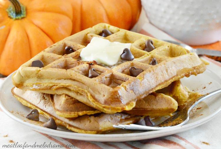 easy-pumpkin-spice-waffles