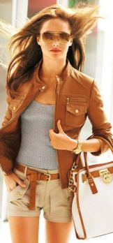Fabulous casual attire with brown leather jacket & great purse