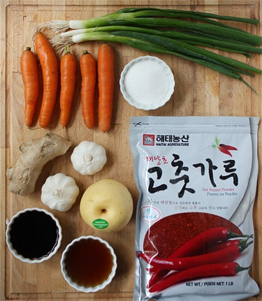 Basic kimchi ingredients.