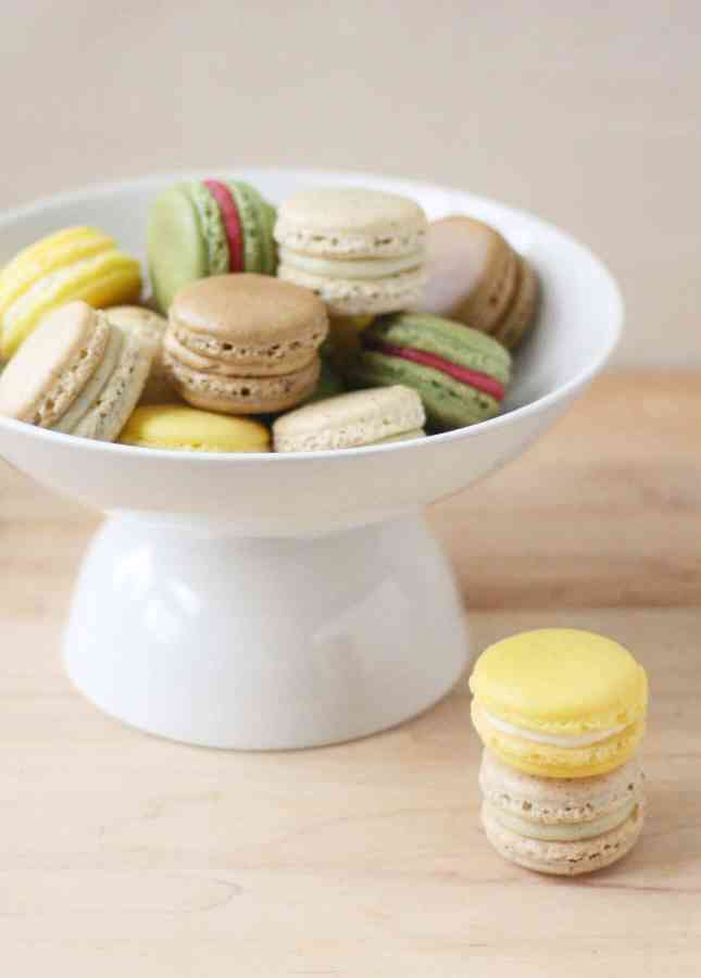 All about making macarons at home, detailed instructions, step-by-step photos, recipes // FoodNouveau.com