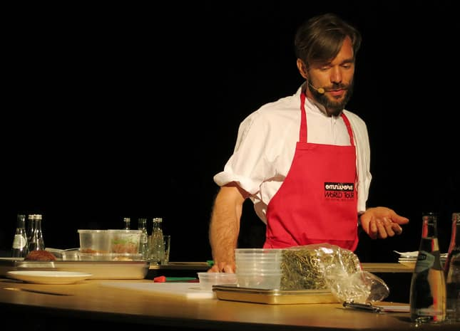 Chef Petter Nilsson from La Gazzetta, Paris, at the Omnivore Food Festival, Montral / FoodNouveau.com