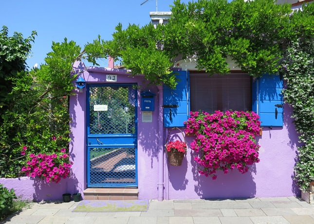 {Photo Friday} The colorful island of Burano, Italy / FoodNouveau.com