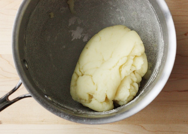 How to Make Gougères, a Step-By-Step Recipe (With Flavor Variations) // FoodNouveau.com