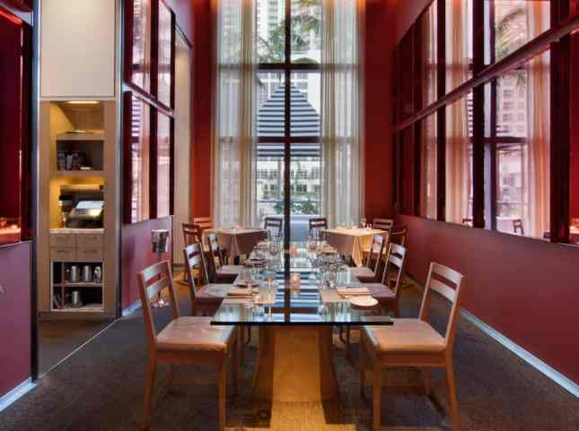 The dining room at db Bistro Moderne, Miami // FoodNouveau.com