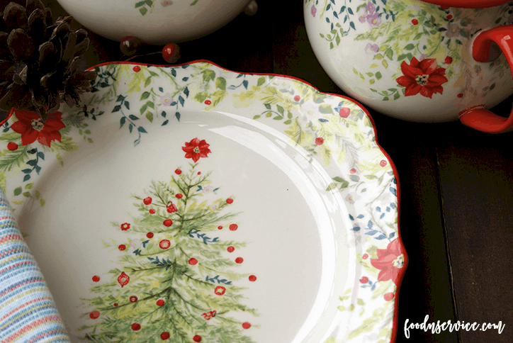 the pioneer woman holiday dinnerware set is beautiful food n service