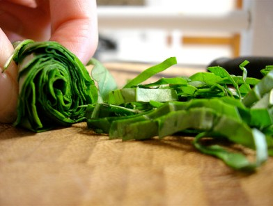 Chiffonade Basil | foodsciencenerd.com