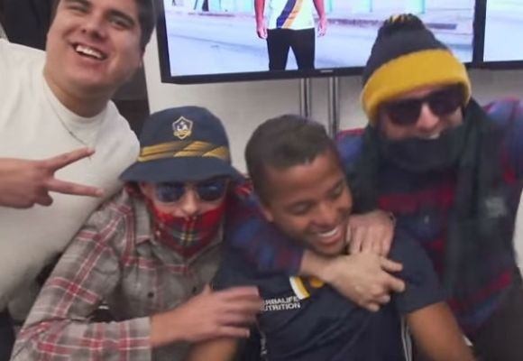 Steven Gerrard and Robbie Keane prank Giovanni dos Santos at a signing session