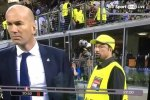 A Rafael Benítez lookalike steward at the Champions League final