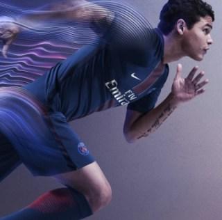 Paris Saint-Germain 2016/17 Nike Home Kit