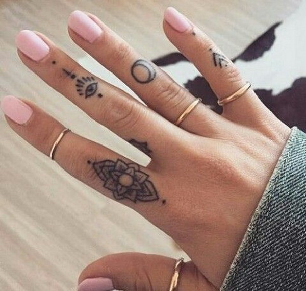 Tattoo Designs On Hand Simple: 50 Beautiful Finger Tattoo For Women