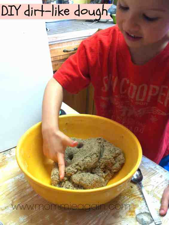 DIY dirt like play dough