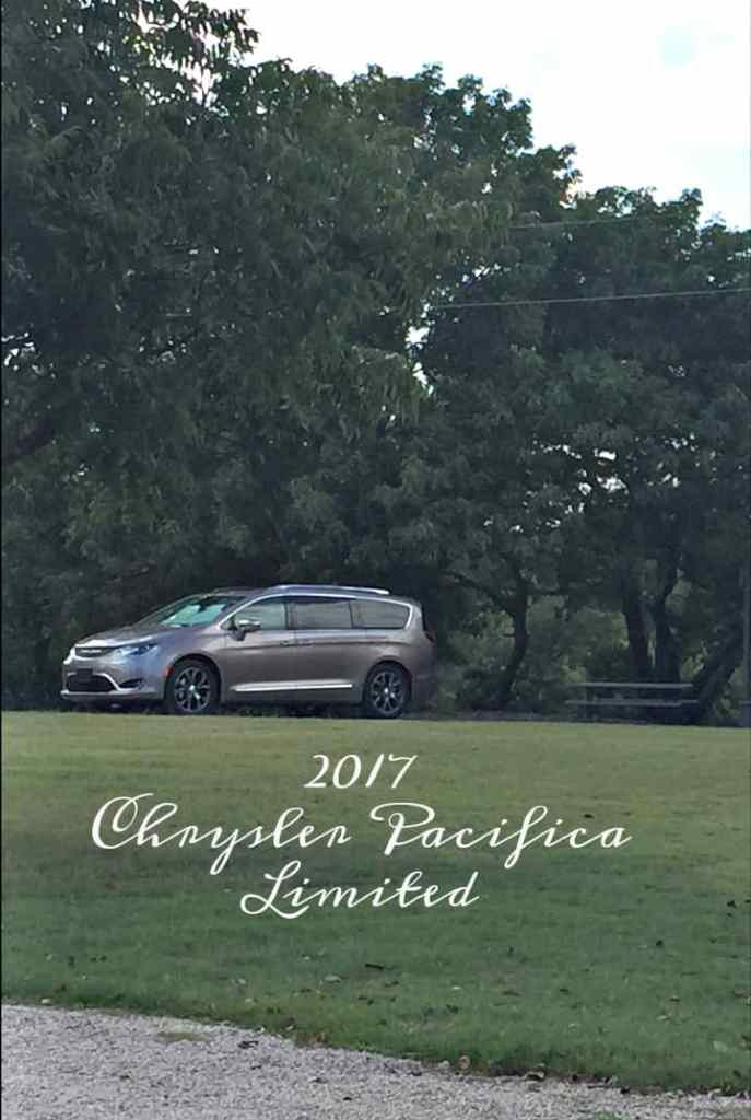 chrysler-pacifica-far-away-view