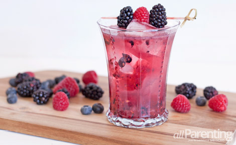 allparenting_berry_stomp_cocktail