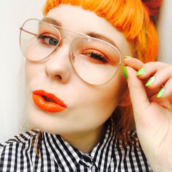 My Charlotte Tilbury face at home (with orange touches!)