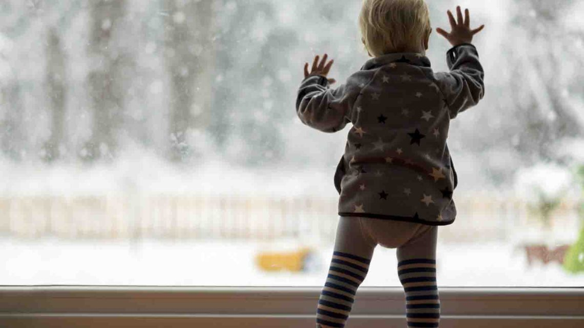 Snow Day Activities and Fun Things to Do On a Snow Day - List of Kids Activities