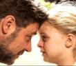 O Ράσελ Κρόου και η Κάιλι Ρότζερς στο «Πατέρας και κόρη»