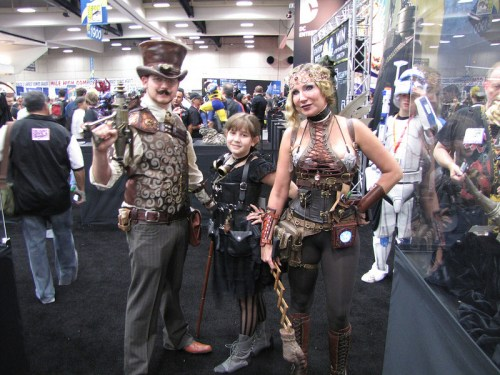 A family enjoys SDCC 2012 Steampunk Style!