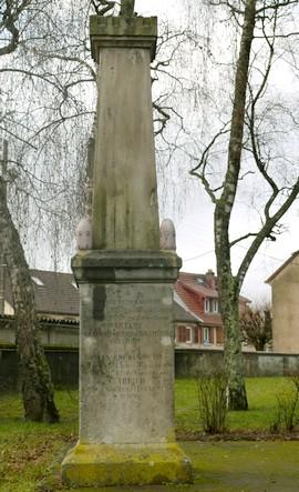 Monument 1870-1871 Danjoutin 270 X 443 R80