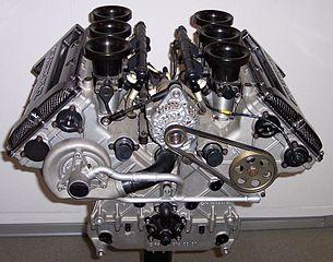 305px-Mercedes_V6_DTM_Rennmotor_1996