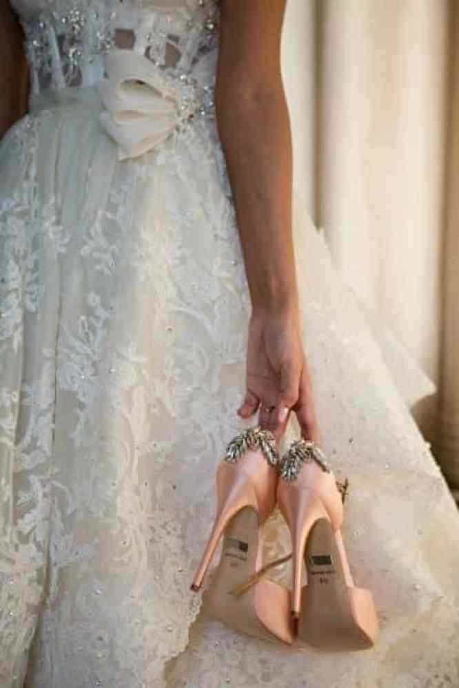 sapato rosa de noiva