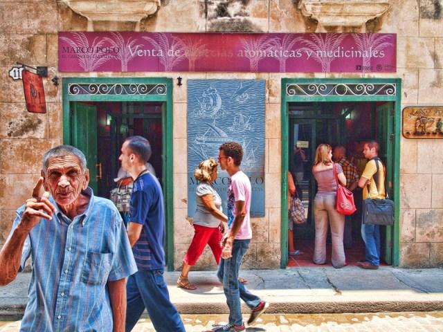 2014-FOTOSEPTIEMBREUSA_Calendar_Eric-Lane_Havana-Now-Exhibit_Southwest-Workers-Union