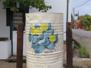 karoo rubbish bin