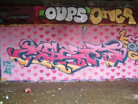 besancon - graffiti - mars 2013 - LCG, IZI, EWP (1)