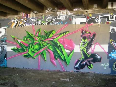 besancon_graffiti_Wask_superheros_juin2013